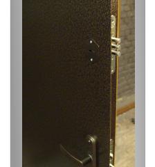 Характеристики входных металлических дверей