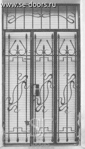 Кованая дверь