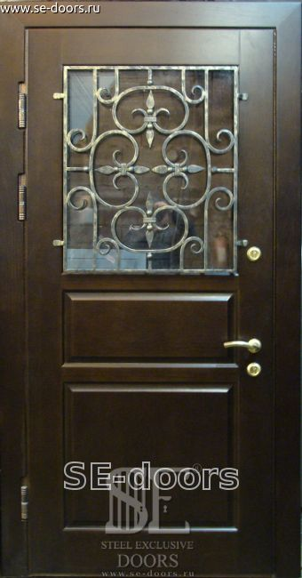 металлическую дверь из филенчатого